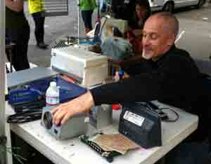 repair-cafe-right