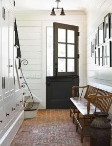 Dutch-door-tradtional-home