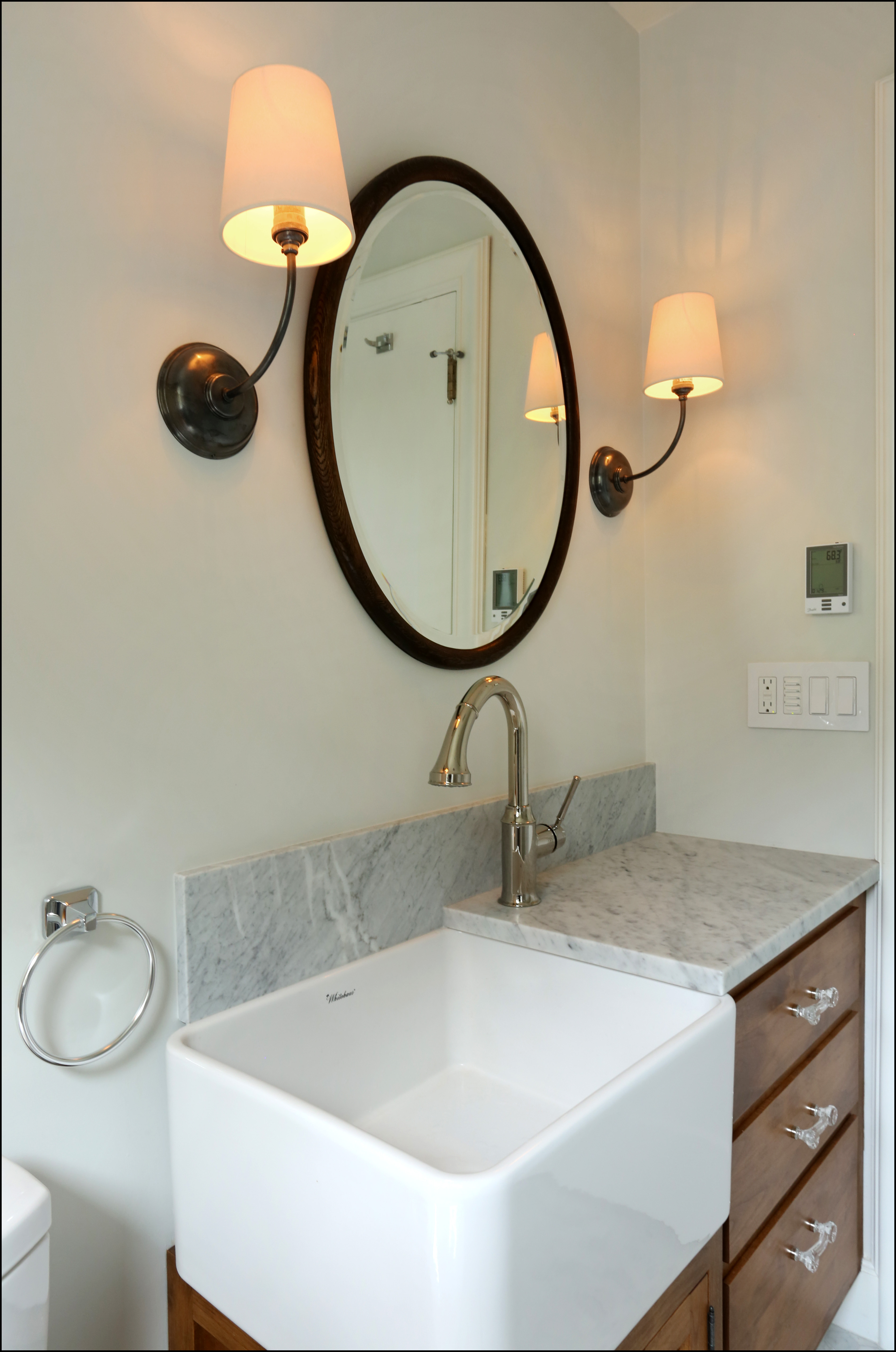 Extra deep bathroom sink - Hirschshimizu_1926_bathrm2_a_6_p_pro