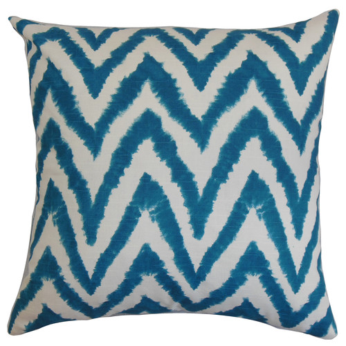 The-Pillow-Collection-Kingspear-Cotton-Pillow