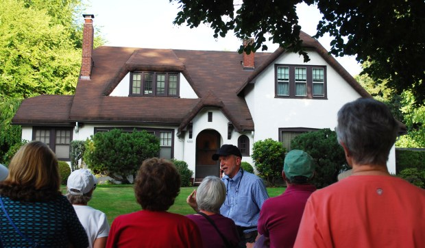 Volunteer Tom Hubka leading a tour in Eastmoreland
