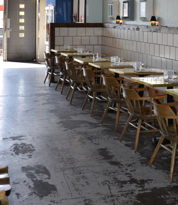 Restaurant_BroderNord_TiledSeatingArea_RusticWood2