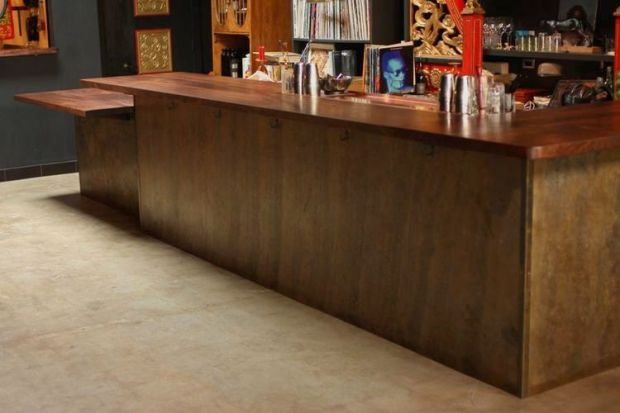 Restaurants_Expatriate_RawConcreteFloor_
